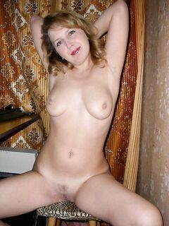 Умеют красиво показывать свои груди и письки - секс порно фото