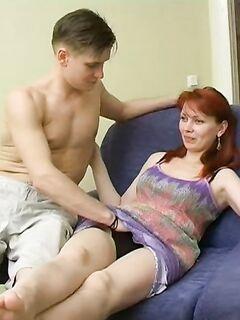Мужчины трахают женщин и получают классный  - секс порно фото