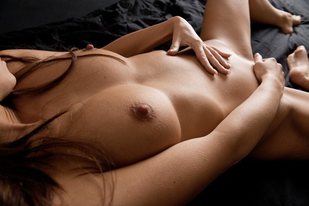 Показ обнаженных тел завершился на 5+ - секс порно фото