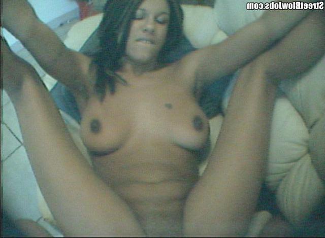 Вагинальный секс с шустрой сексуальной мулаткой от первого лица - секс порно фото