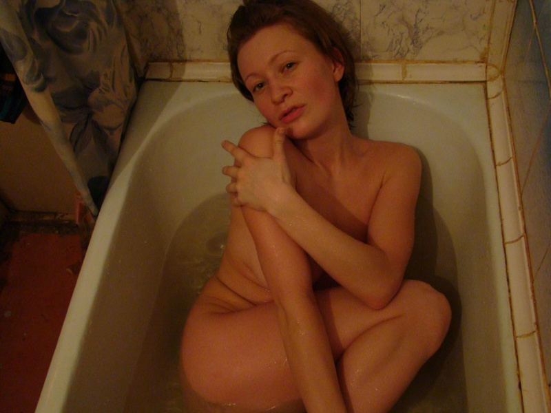 Дающая дама выпила лишнего спиртного - секс порно фото