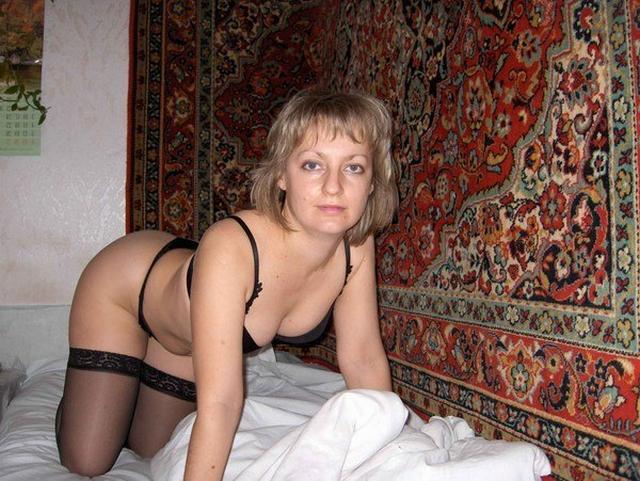 Дамы хотят знакомиться через интимные снимки - секс порно фото