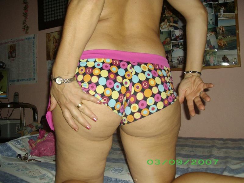 Эротика от ненасытной ретивой бабы с большой жопой - секс порно фото