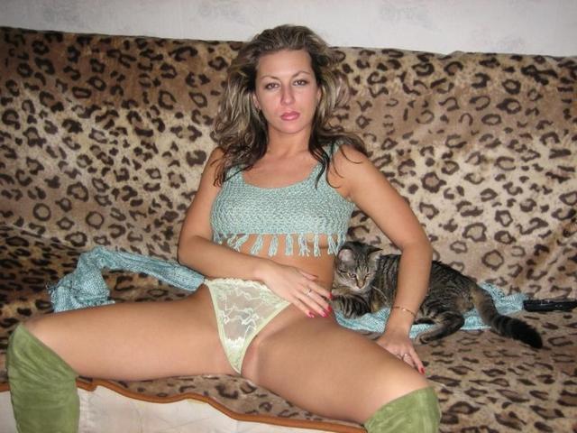 Броские девки и женщины устраивают эротическое соло - секс порно фото