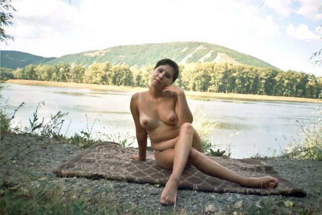 Ретро снимки телок с ненасытными щелочками - секс порно фото
