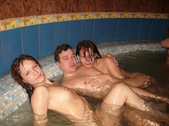 Страстный  в джакузи на досуге - секс порно фото