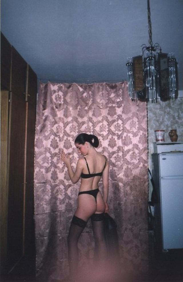 В нижнем белье и голые позируют - секс порно фото