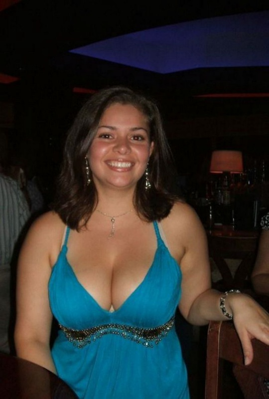 Полноватая подруга заводит новые знакомства - секс порно фото