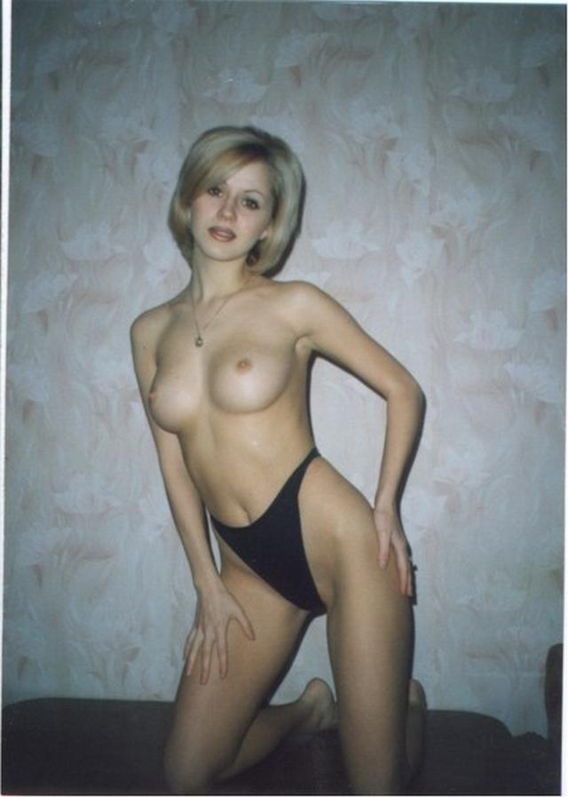 Ретро снимки одиноких девушек и женщин в домашние архивы - секс порно фото